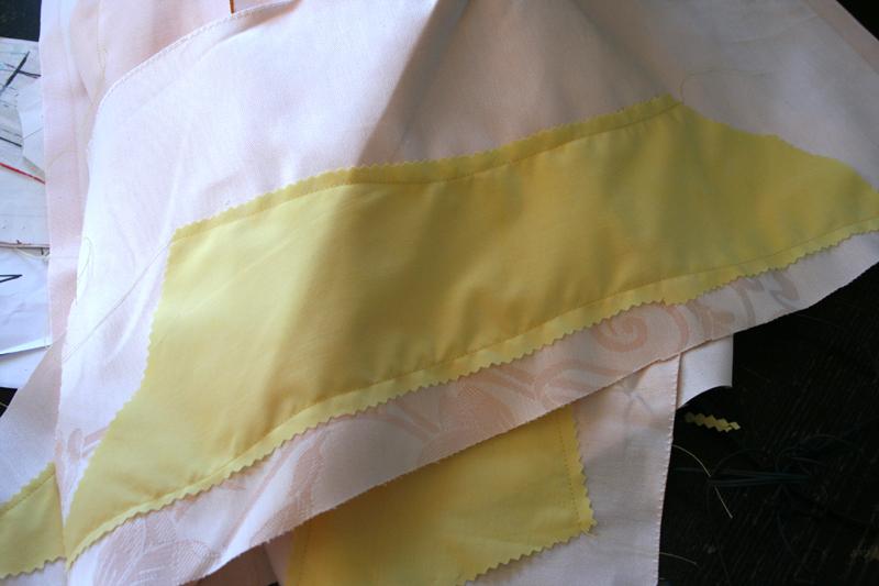 Tuto:  Robe anglaise retroussée  à la polonaise partie  V (pièces et triplure)