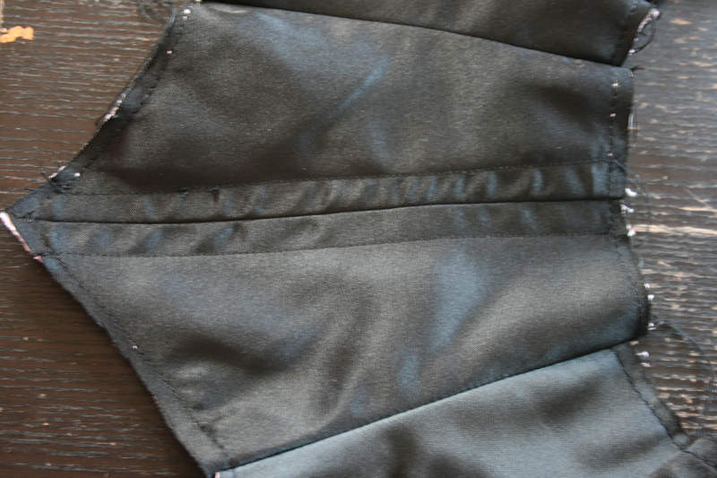 Tuto : technique de montage pour  corset, corset de cou, underbust, serre taille, corsage à baleines