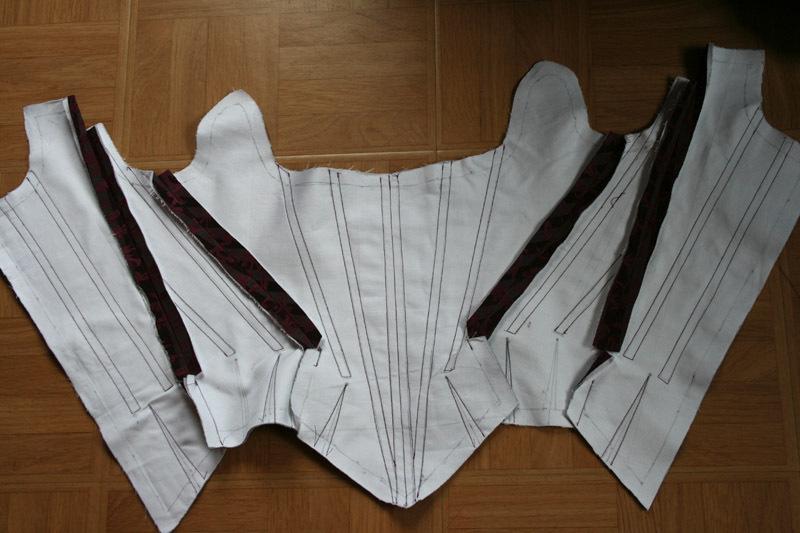 Projet robe à la française: le corps à baleines