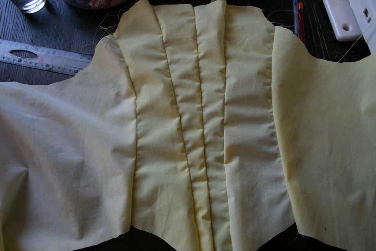tuto: Robe anglaise retroussée  à la polonaise partie VII(montage tu corsage)