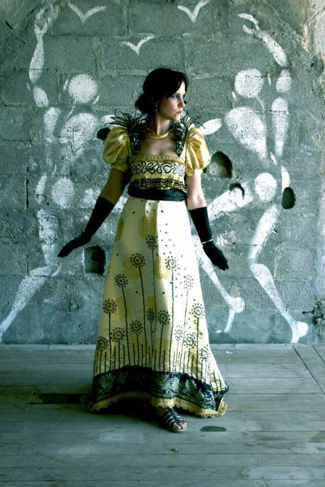 Shooting: Robe empire Icare : deux ex inspirations