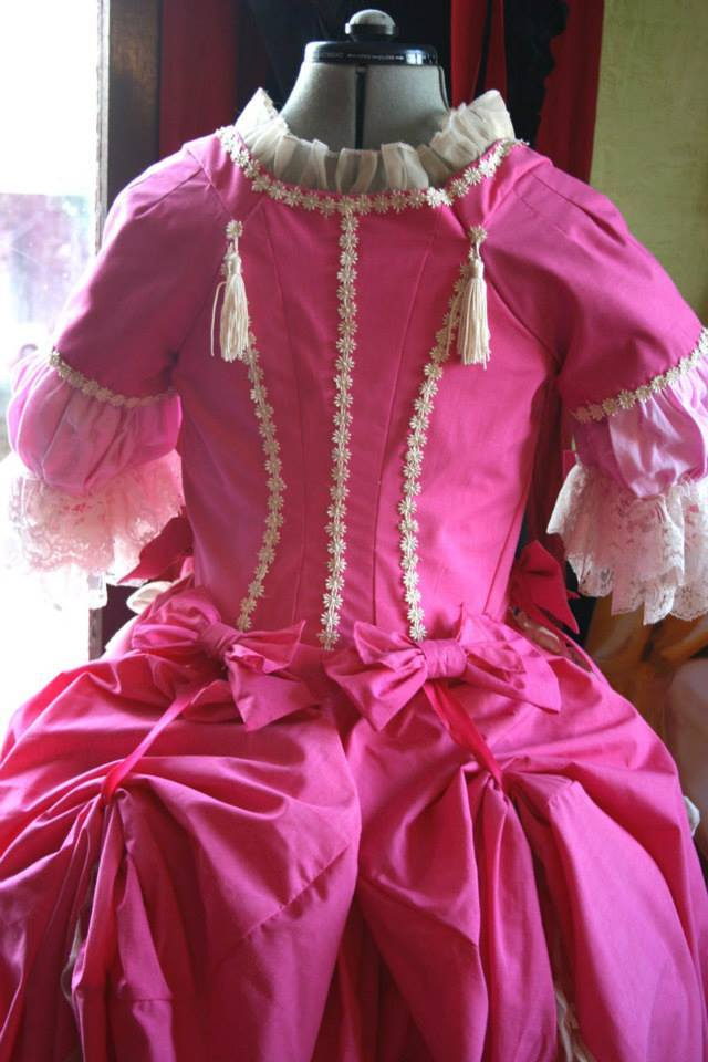Robe circassienne 1780  terminé