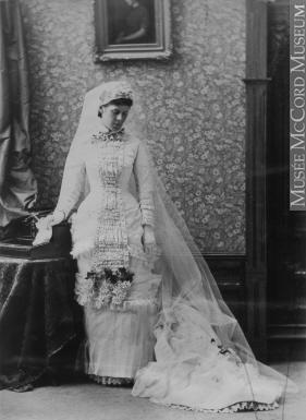projet:  Robe 1878/1879 Natural form