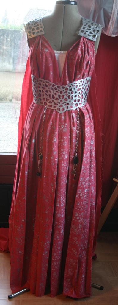 Daenerys quarth dress: Le montage