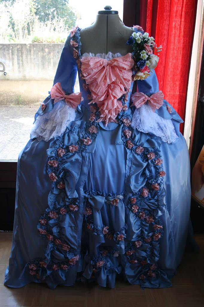 La robe à la française  1770 c'est fini